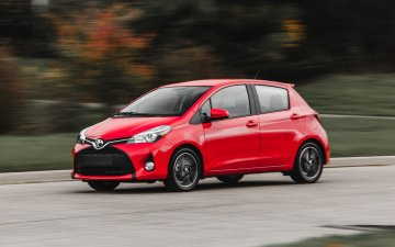 Rent  Group E: Toyota Yaris AC Automatic