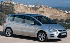 Group K1: Ford S-MAX DIESEL or similar